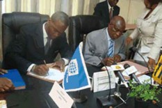 Signing of a grant agreement between the World Bank and the Government of Togo
